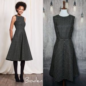 Boden British Tweed by Moon Octavia Wool dress 😍